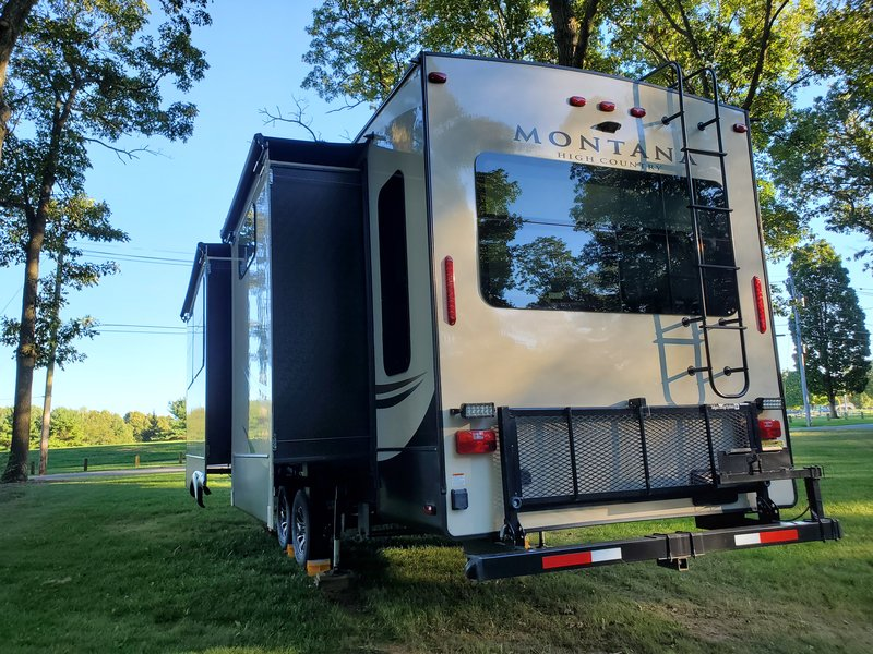 2017 Keystone Montana High Country 362RD