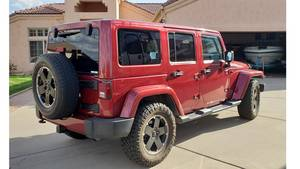 2012 Jeep Wrangler UNLIMITED 4 DOOR SAHARA