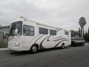 2004 National RV Tropical T370