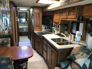2000 Country Coach Intrigue 350HP