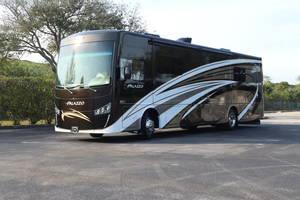 2017 Thor Motor Coach Palazzo 35.1