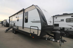 2021 Cruiser RV Radiance 25RB
