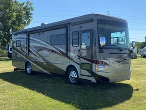 2013 Tiffin Allegro RED 33AA