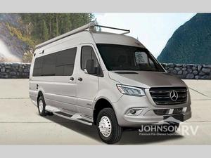 2022 Winnebago Era 70A