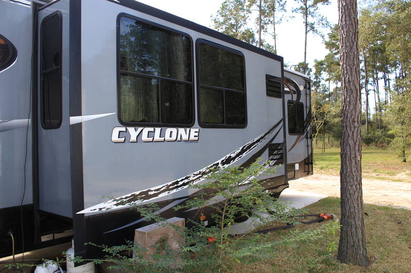 2015 Heartland Cyclone 4200