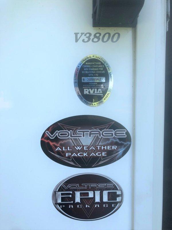 2013 Dutchmen Voltage 3850