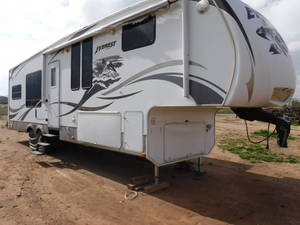2008 Keystone Everest 322R