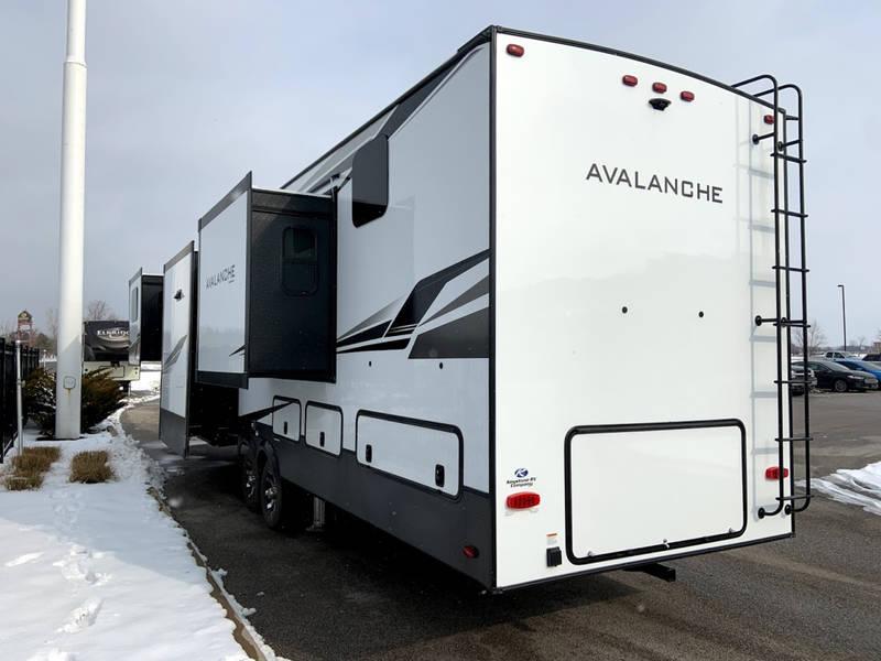 2020 Keystone Avalanche 383FL