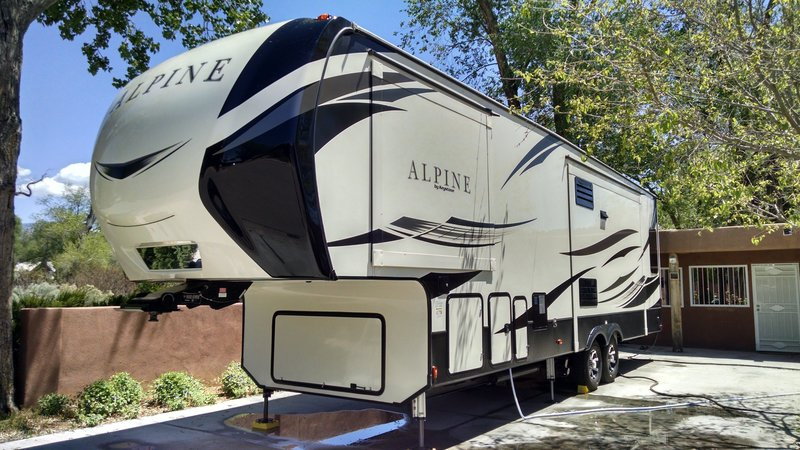 2018 Keystone Alpine 3400RS