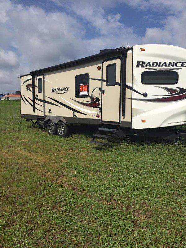 2016 Cruiser RV Radiance Touring R 26VSB