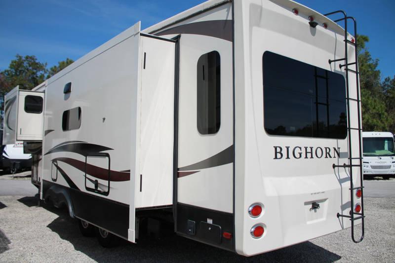 2019 Heartland Bighorn 3270RS