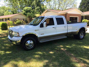 2005 Ford F-350 Super Duty Crew Cab King Ranch