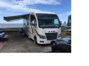 2018 Thor Motor Coach Axis 25.2