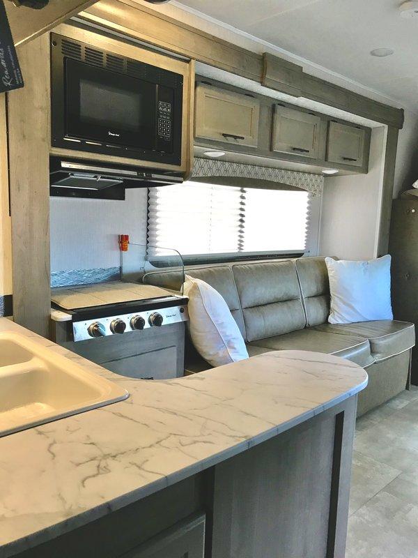 2020 Coachmen Freelander 31BH Ford 450