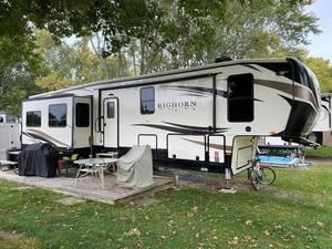 2019 Heartland Bighorn Traveler 39MB