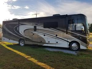 2015 Thor Motor Coach Challenger 35HT