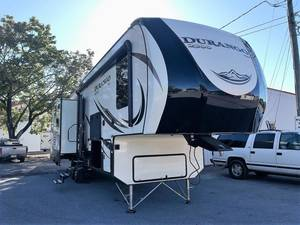 2018 KZ Durango 2500 D318RLT
