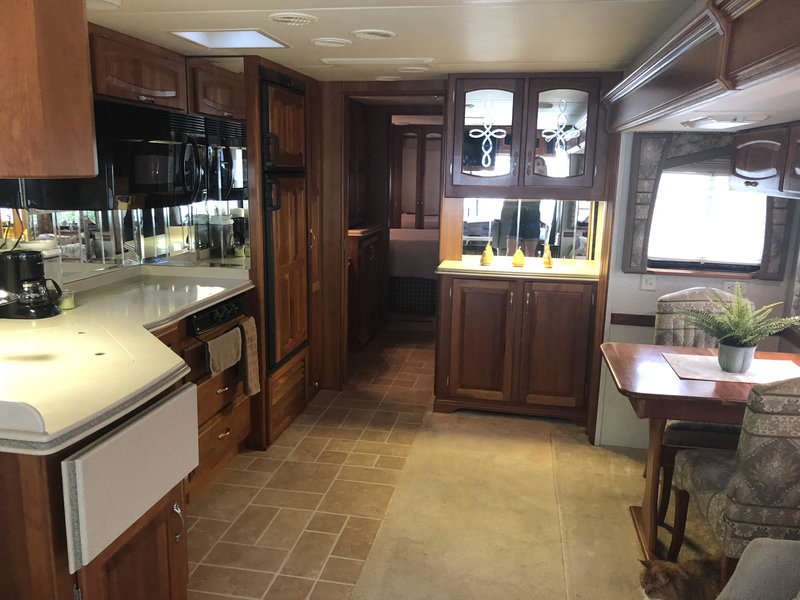 2004 Newmar Mountain Aire 3778