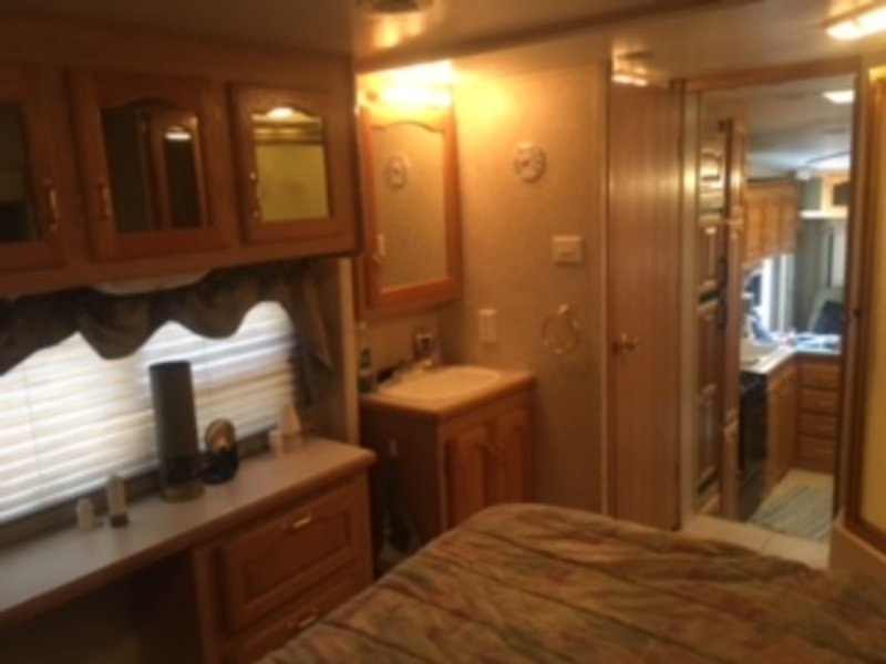 2004 Forest River Cardinal 29WB