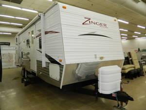 2010 CrossRoads Zinger 260BL
