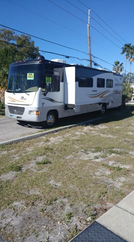 2011 Winnebago Vista WFE35F