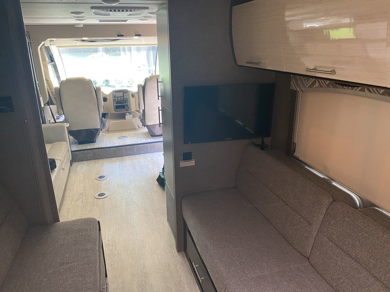 2018 Thor Motor Coach Axis 25.5
