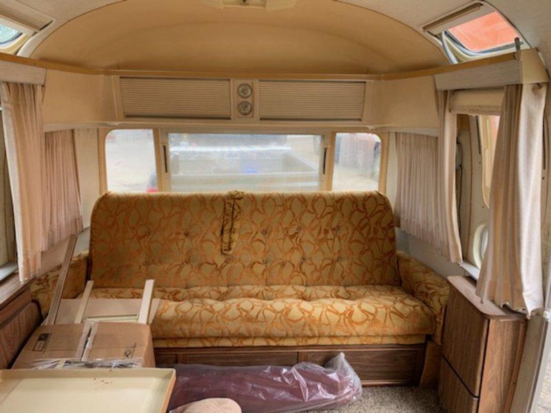 1976 Airstream International Land Yacht Ambassador