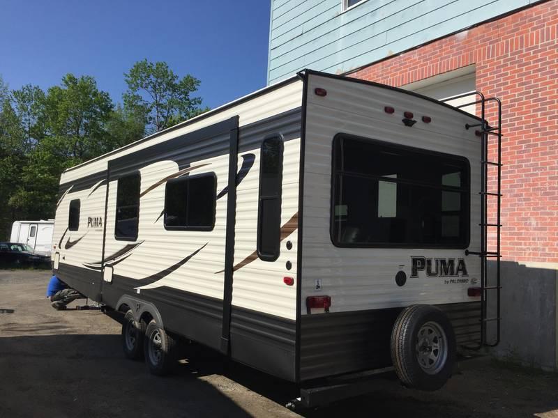2017 Palomino Puma XLE 27RLSS