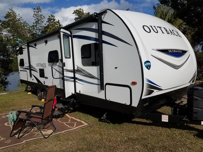 2018 Keystone Outback Ultra-Lite OB293UBH18