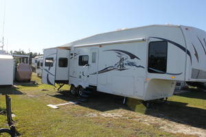 2009 Forest River Wildcat 31TS