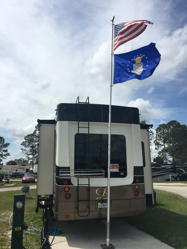 2015 DRV Mobile Suites 39TKSB3