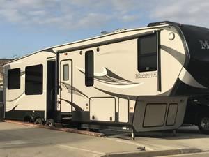 2015 Keystone Montana High Country 353RL