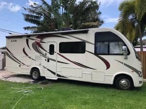2019 Thor Motor Coach Axis 27.7