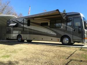 2004 American Coach American Tradition 40J