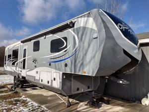 2015 Highland Ridge RV Open Range 3X 379RLS