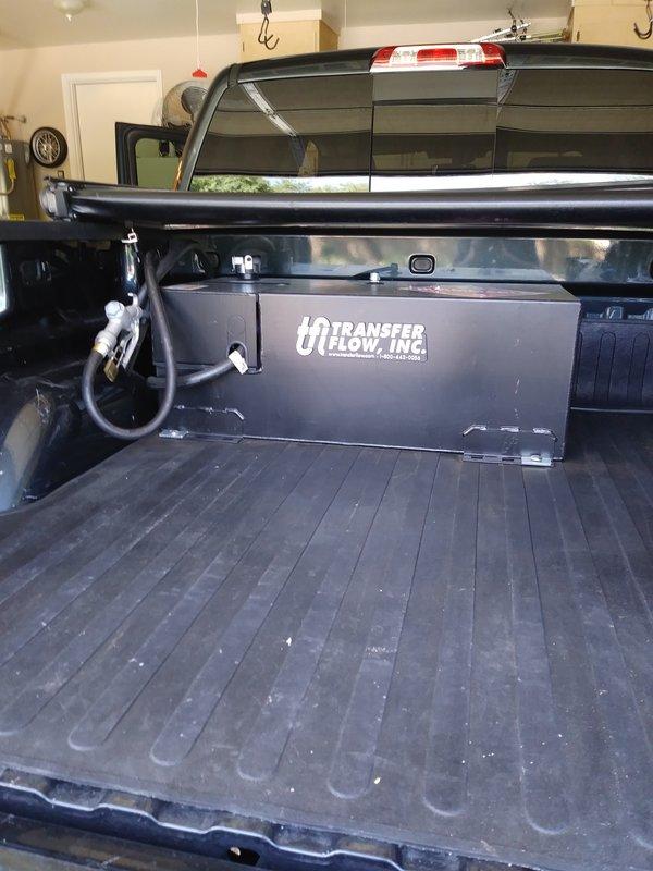 2017 Chevrolet Silverado 1500 crew cab Lt .