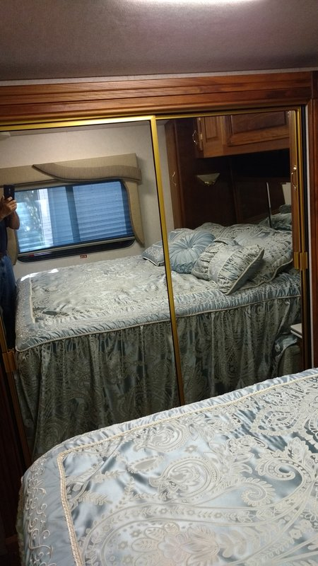 2000 American Coach American Dream 40DVS
