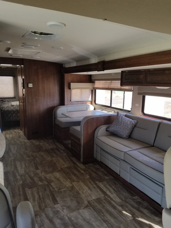 2017 Forest River Georgetown 3 Series GT3 30 x 3
