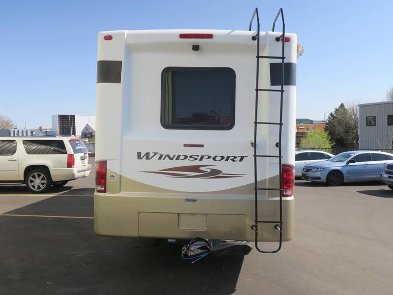 2013 Thor Motor Coach Windsport 31