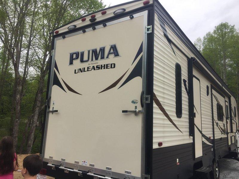 2017 Palomino Puma Unleashed 384FQS & 2012 Crewcab Z71 Duramax