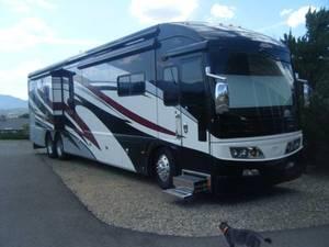 2009 American Coach American Eagle 45E