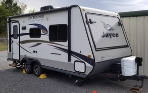2015 Jayco Jay Feather UltraLite 19H