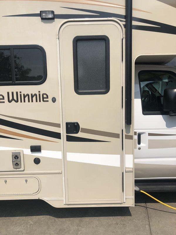 2018 Winnebago Minnie Winnie 26A