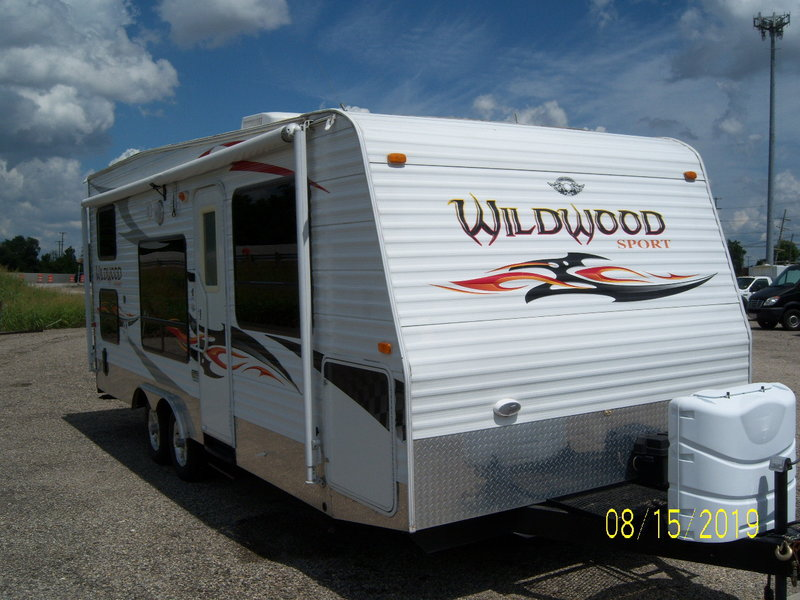 2010 Forest River Wildwood 23FLSR
