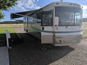 2002 Winnebago Journey DL 39QD