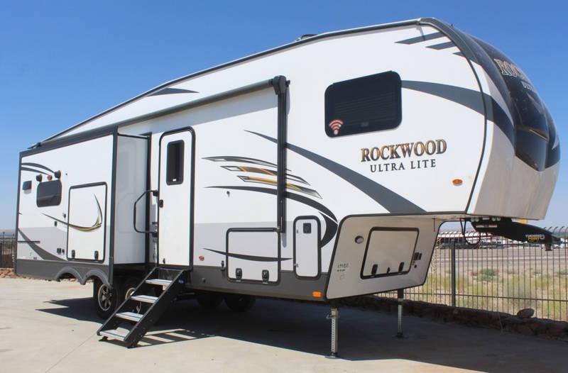 2021 Forest River Rockwood Ultra Lite 2882S