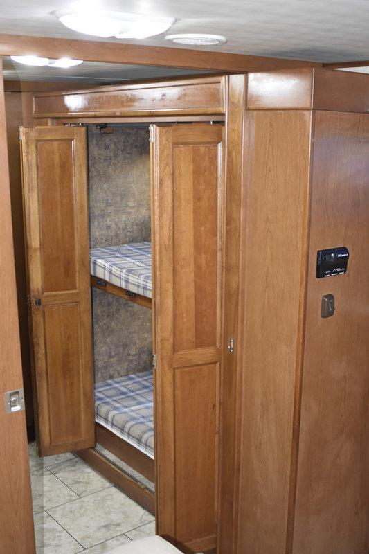 2011 Tiffin Allegro Open Road 38QBA