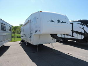 2004 Forest River Wildcat 27RL