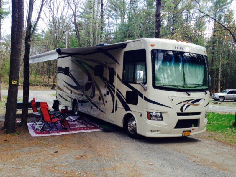 2015 Thor Motor Coach Windsport 31S