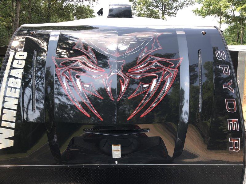 2016 Winnebago Spyder 24FQ